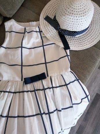 Wójcik sukienka i kapelusz