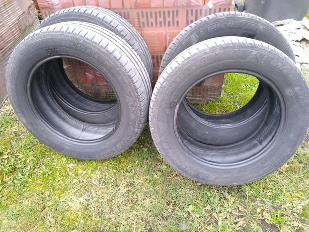 Opony komplet Michelin 205 60 r16