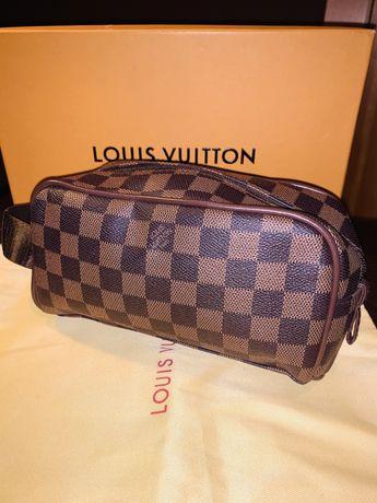 Bolsa Poshete Necesseire Louis Vuitton