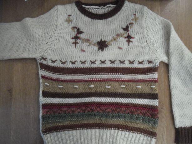 ręcznie pleciony sweter wełna