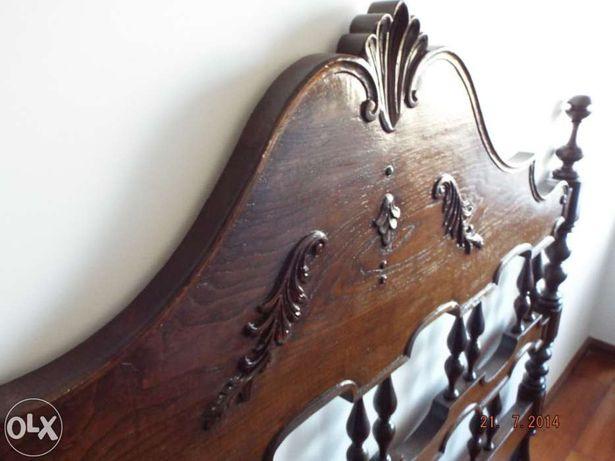 Cabeceiras,camas,colchoes - Cama antiga em Madeira de Castanho