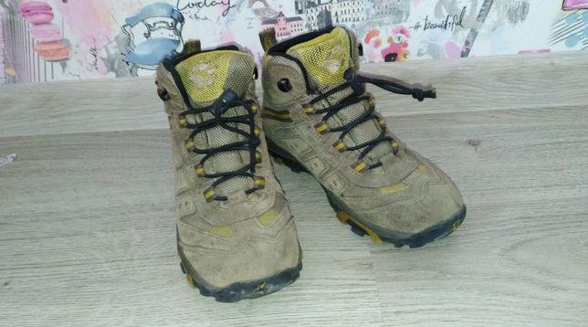 Ботинки Jack wolfskin 32 размер, стелька 20 см