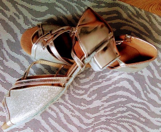 Buty do tańca towarzyskiego rozm 34, 35