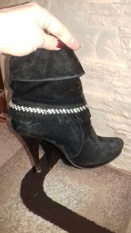 Продам жіночі черевички