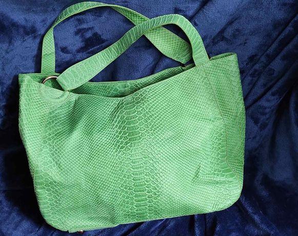 Продам кожаную сумку Silvio Tossi