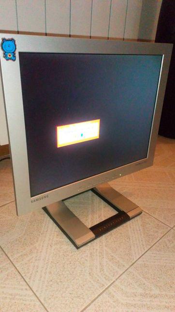 Samsung - LCD monitor / microfone