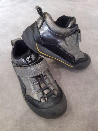 Дитячі кросівки на хлопчика