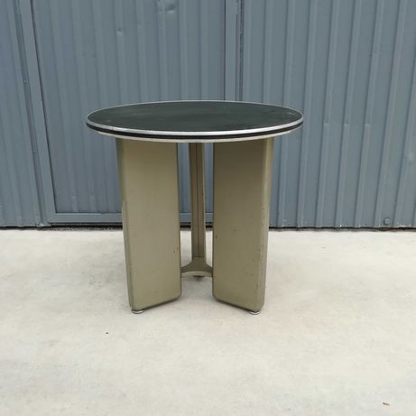 Mesas redondas anos 60 (2 unidades)