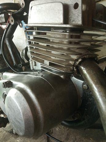 Продам двигатель в розбор за всё 2000грн