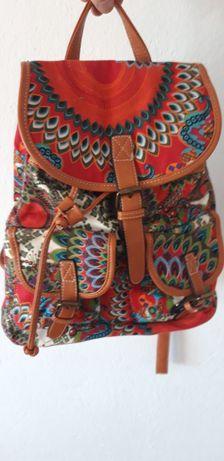 Plecak torebka młodzieżowy jak i dla kobiety dorosłej