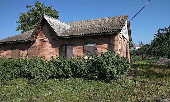Будинок в селі Томилівка