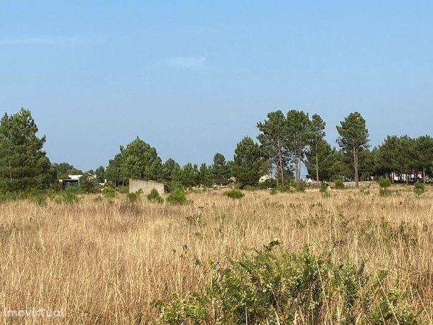 Terreno Rústico com 4080 m2 em zona tranquila de Marinhais