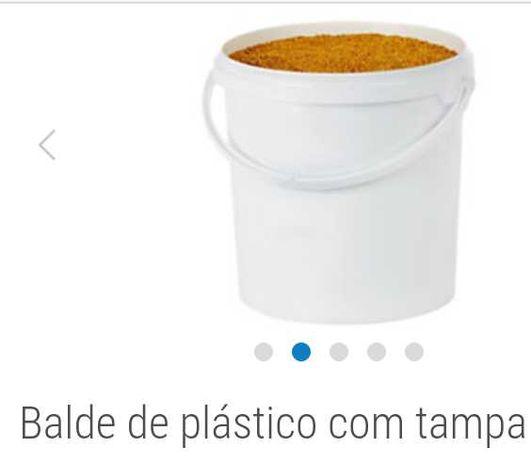Baldes de plástico c/tampa para 5kg