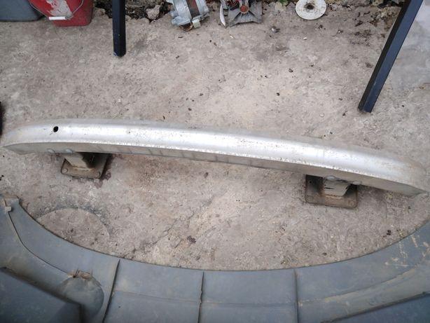 Усилитель Бампера Mercedes Sprinter 208 416