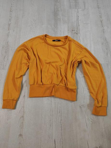 Młodzieżowa krótka bluzka