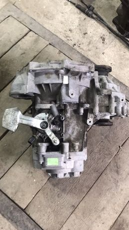 Коробка передач КПП Volkswagen Caddy 04-09 Фольксваген Кадди Кадді