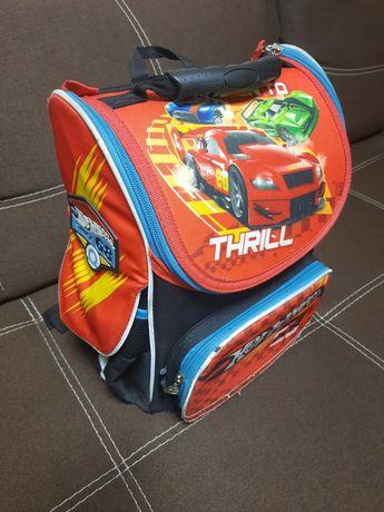 Портфель, рюкзак  Kite каркасный с ортопедической спиной. Hot Wheels