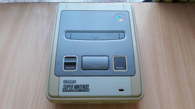 Konsola Super Nintendo SNES Uszkodzona + Kartridż Starwing + Super GB
