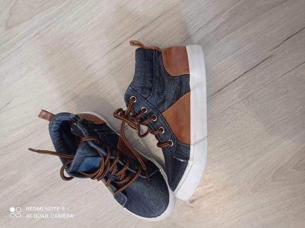 Кросівки 17см як нові