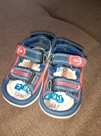 Детские сандали, босоножки, обувь
