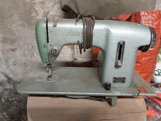 Stara maszyna firmy łucznik