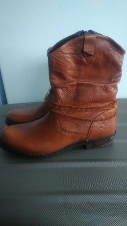 Взуття,ботінки осінь -весна.