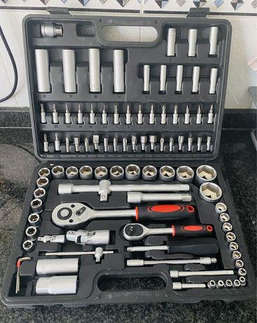 Caixa de ferramentas completa Nova