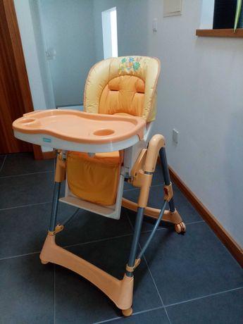 Cadeira regulável bebé refeições