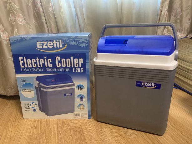Автомобильный холодильник Ezetil 12В