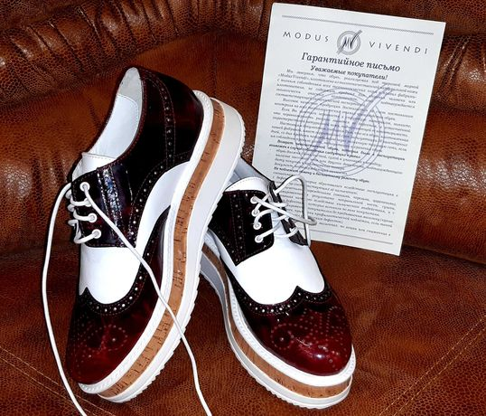 Продам кожанные  женские кроссовки Modus Vivendi