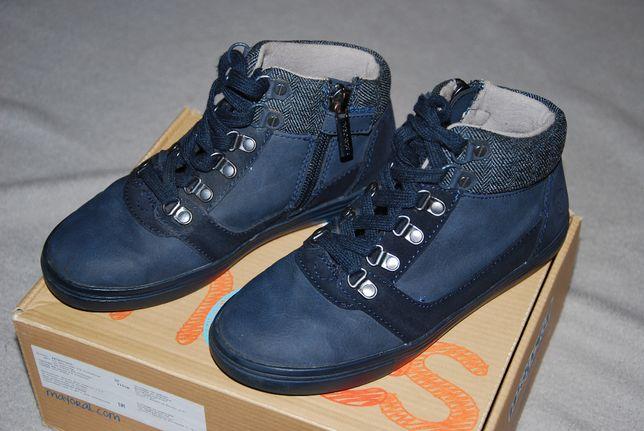 Skórzane jesienno-zimowe buty trzewiki firmy Mayoral w rozmiarze 30