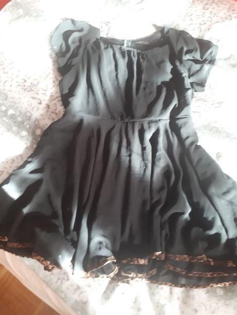 Sprzedam lub zamienię sukienki r.48 r.50