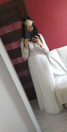 Suknia ślubna koronka rozmiar 36-38 z rozcięciem na prawą nogę