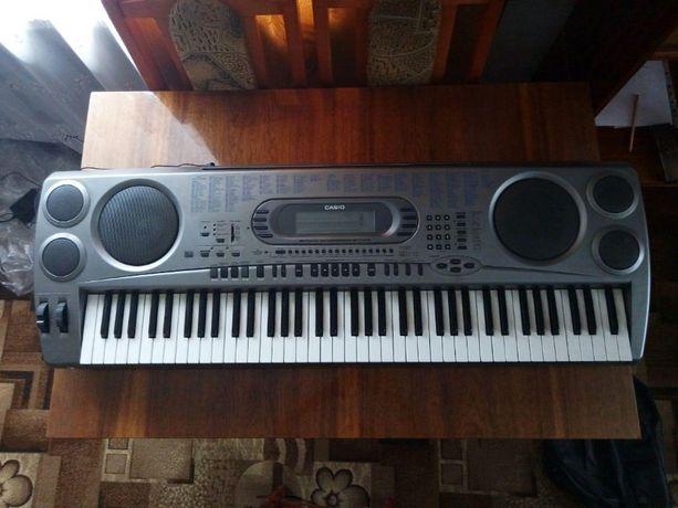 Синтезатор Casio WK 1800