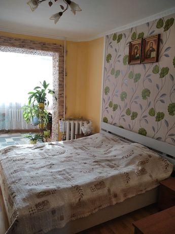Продам 3 кімнатну квартиру з ремонтом