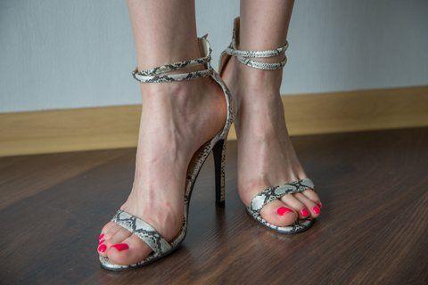 Sandały damskie, szpilka, czarno-białe roz.39