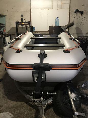 Лодка Kolibri 330d