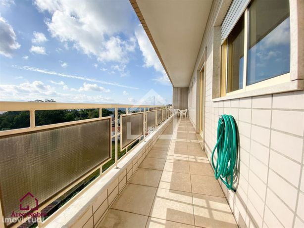 Apartamento T2 com enorme varanda! São João da Madeira