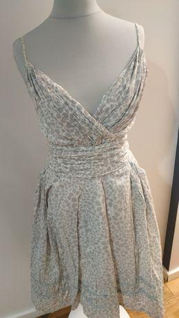 Śliczna letnia sukienka z kieszeniami