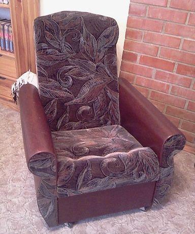 Продам два кресла в отличном состоянии недорого