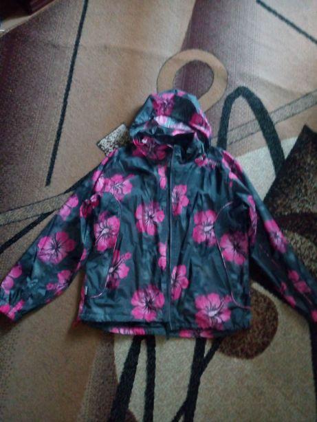 Куртка ветровка в цветах