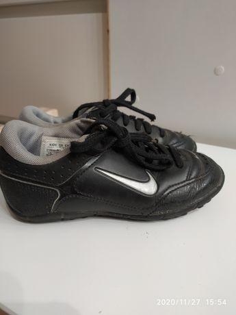 Buty do piłki nożnej Nike turfy r. 27,5