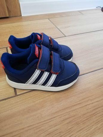 Buciki Adidas 22