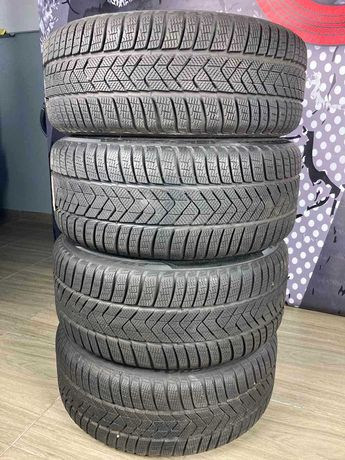 Зимние шины Pirelli  Sottozero 3 245/40 R19 275/35 R19 100V MO* RFT
