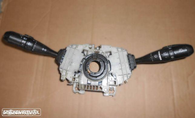 Comutadores Mitsubishi Colt (2005) MR986420