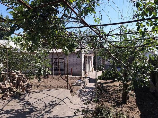 часть дома 47кв.м со своим двором по Кременчугской