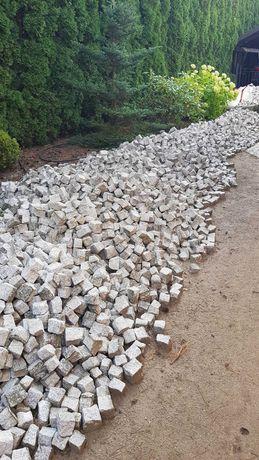 Kostka granitowa szara 6x8. Dostępne 8 ton.