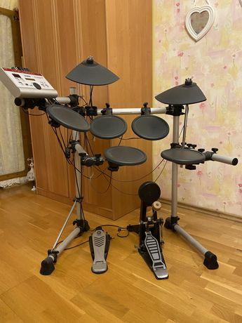 Электронная ударная установка Yamaha dtxpress 4