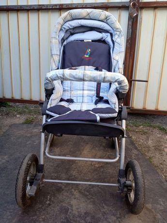 Продам коляску детскую, раскладную.