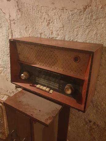 Radio UNITRA zabytek